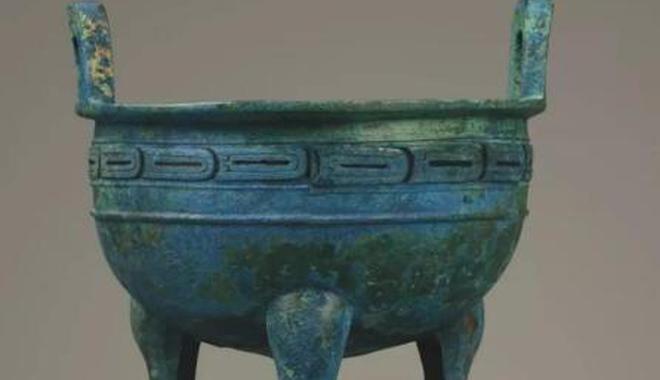湖北首次大規模展出曾國遺址出土文物