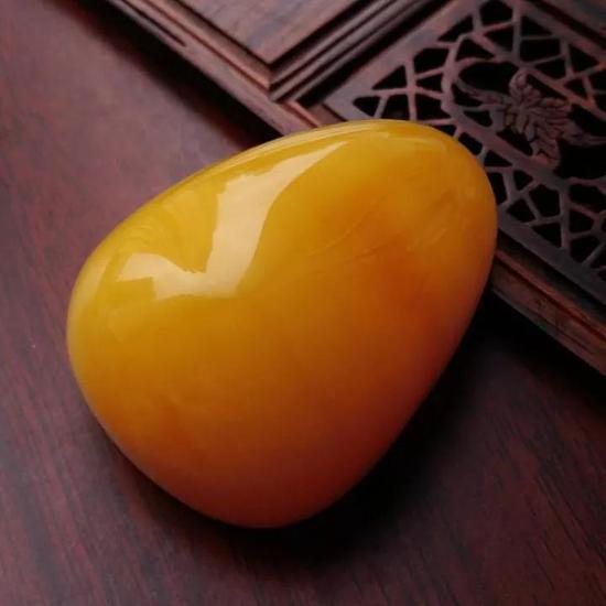 蜜蠟雞油黃吊墜