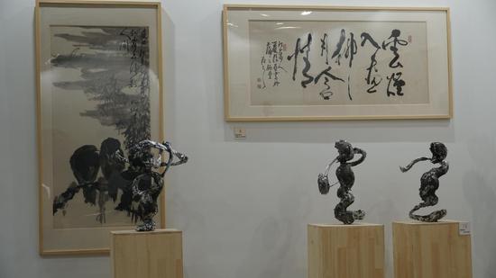 """夏振亚携最新力作亮相""""一带一路""""艺术上海"""