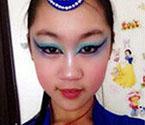 小学生化妆竞赛吓哭网友