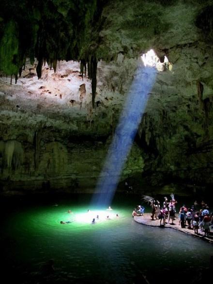 世界最美洞穴潜水地尤卡坦半岛