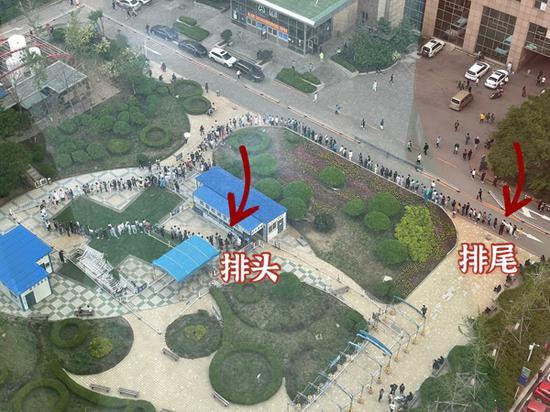 核酸检测样本采集现场。盛京医院供图