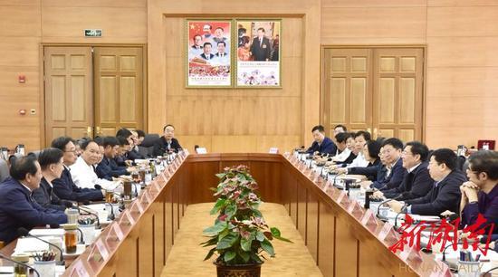 7月6日上午,湖南·西藏对口支援工作座谈会在拉萨市举行。