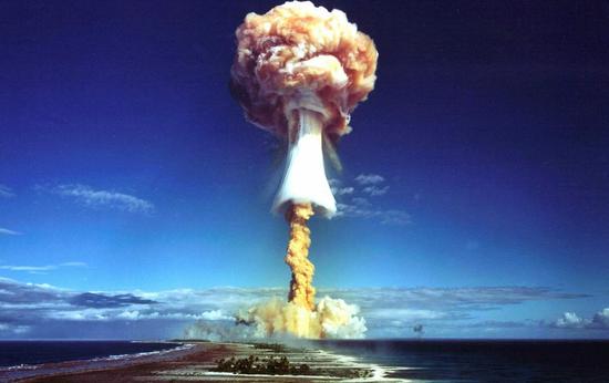 核武器拥有庞大的杀伤力,若被舛讹行使,效果不堪设想。