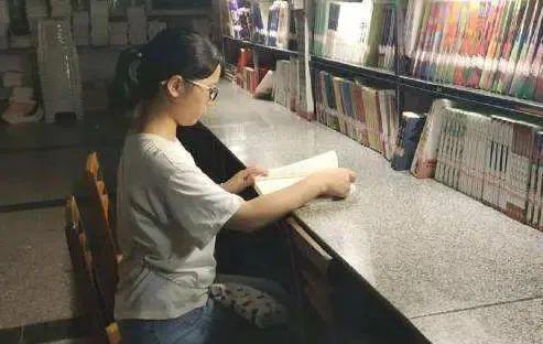 <b>樊锦诗寄语报考北大考古的留守女生:坚守理想</b>