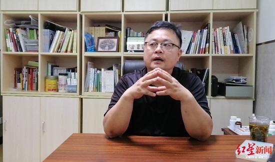 何烈胜接受采访 图据红星新闻