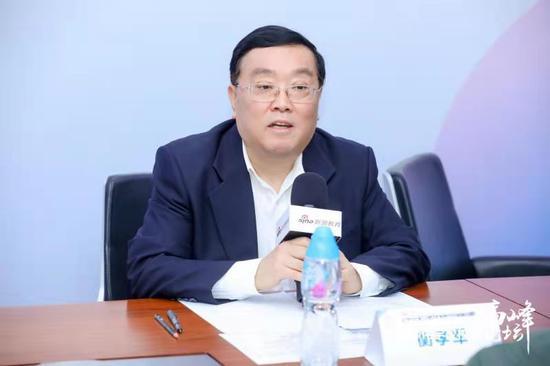 北京王府学校常务校长衡孝军