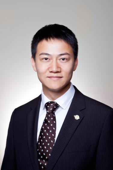 复旦大学MBA项目副主任 孙龙
