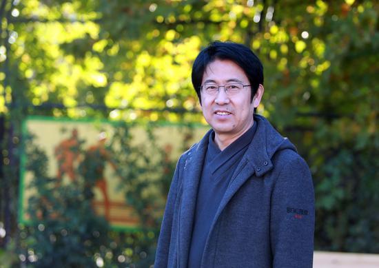 北京印刷学院设计艺术学院党委书记史民峰