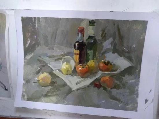 水粉作畫。 受訪者供圖