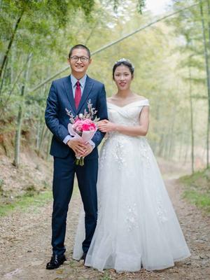 摄影记者自拍婚纱照