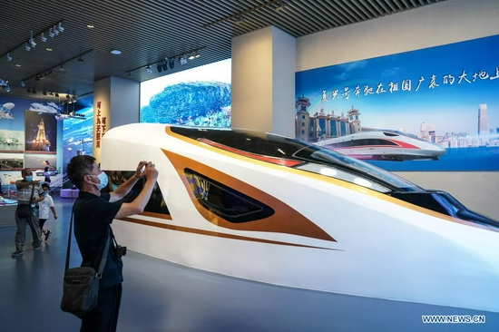 People visit the Museum of the Communist Party of China (CPC) in Beijing, capital of China, July 15, 2021. Located in the Chaoyang District of Beijing, the Museum of the CPC opens to the public from July 15 and accepts online appointments for free visits from 9 a.m. to 5 p.m. (Xinhua/Peng Ziyang)