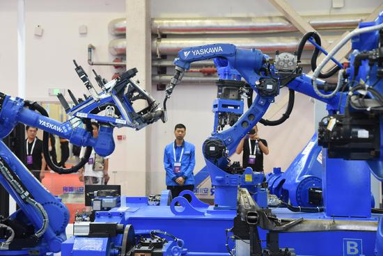 China's robotics industry forges ahead to brighter future