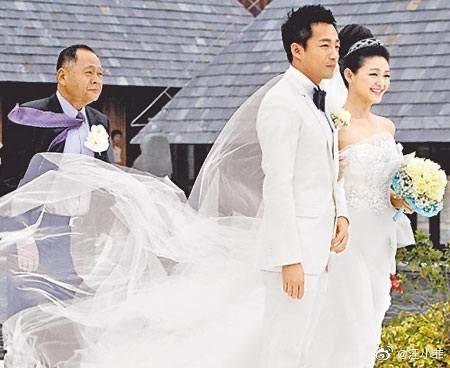 """组图:汪小菲十年后重回与大S婚礼举办地 感慨""""我欠她个婚礼"""""""