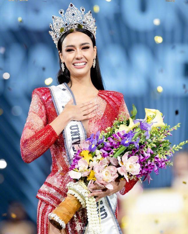 组图:环球小姐泰国赛区冠军出炉 系加拿大混血美如人间芭比