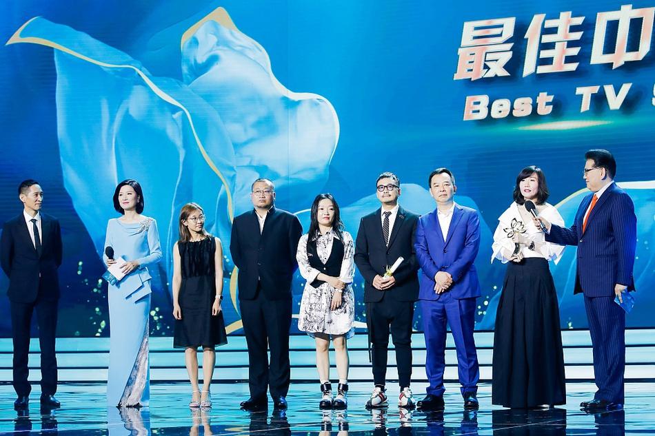 《破冰行动》获白玉兰最佳电视剧 陈宝国闫妮封视帝后