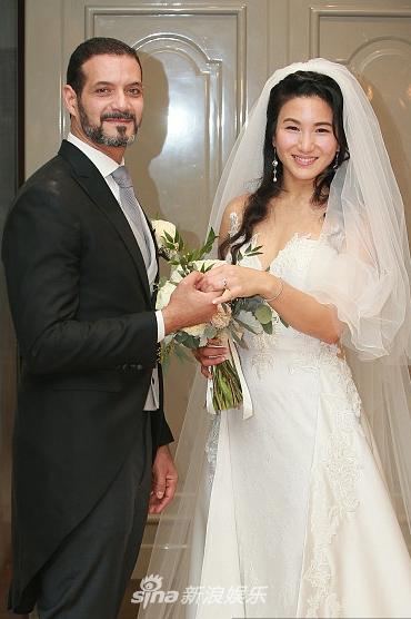 原子鏸与外籍老公Mehdi在深湾游艇会结婚