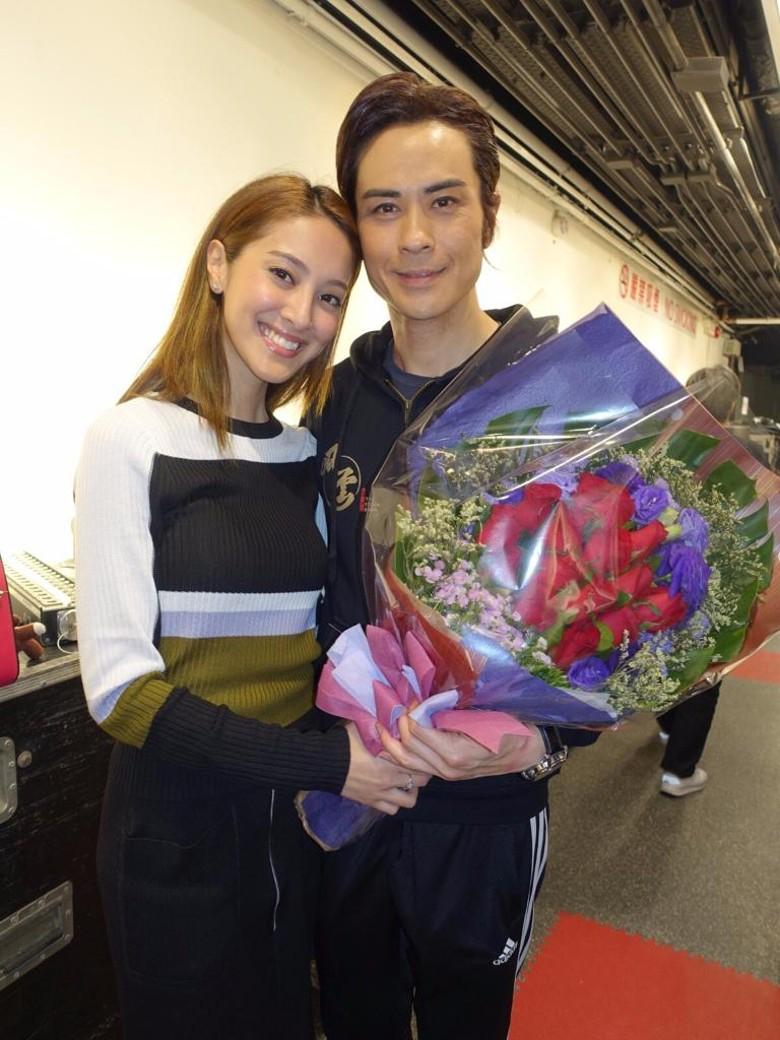 郑嘉颖与小22岁女友曝下月结婚 两人三年恋情修成正果