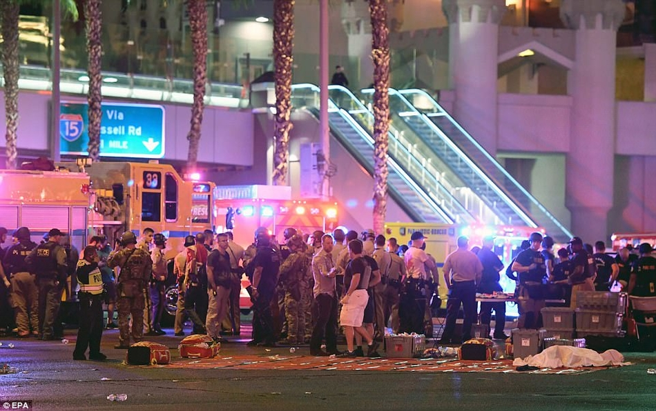 美国拉斯维加斯音乐节发生枪击案 至少20人死亡