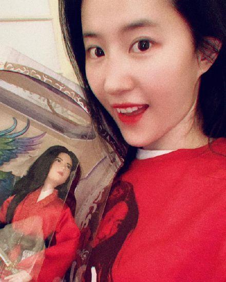 组图:万圣节全世界影迷cos花木兰 刘亦菲本兰转发认证