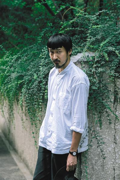 王传君称《爱情公寓》后来像广告片:为什么还要拍电影