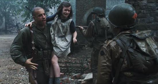 范·迪塞尔曾出演《拯救大兵瑞恩》,饰演小分队士兵