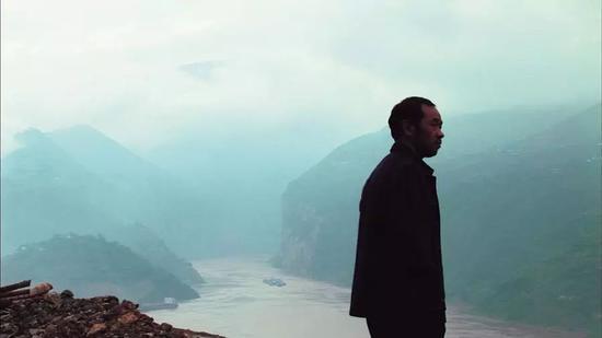《三�{好人》�≌眨�2006