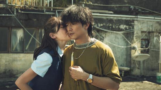 邱泽和许玮甯在片中有很多细腻感情戏