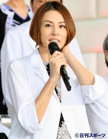 日劇《Doctor-X~外科醫·大門未知子~》主演米倉涼子