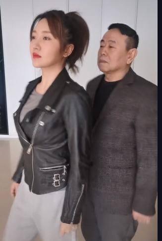 潘长江和女儿潘阳
