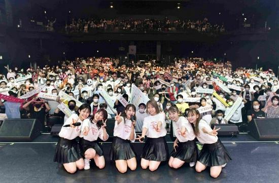 东京劲舞娃娃无限期停止活动前举行最后一次演唱会