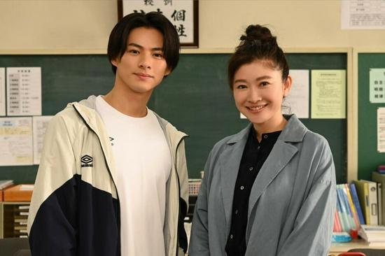 筱原凉子加盟《24小时》特别剧 称很期待喜剧戏份