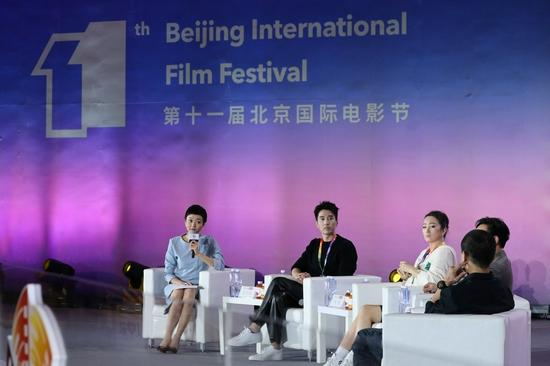 赵又廷在北京国际电影节巩俐电影大师班