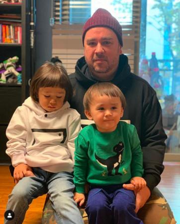 山姆与两个儿子