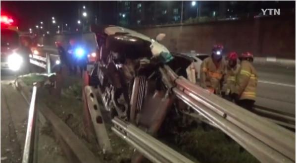 车祸现场触现在惊人。