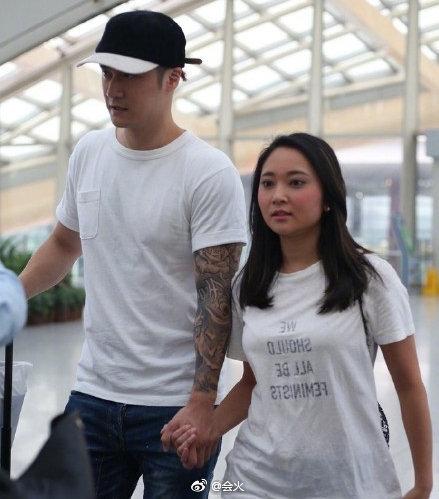 蒋劲夫与日本女友。