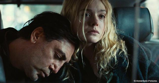 《不曾行过的路》(The Roads Not Taken),莎莉·波特导演,哈维尔·巴登、艾丽·范宁、萨尔玛·海耶克、劳拉·琳妮主演