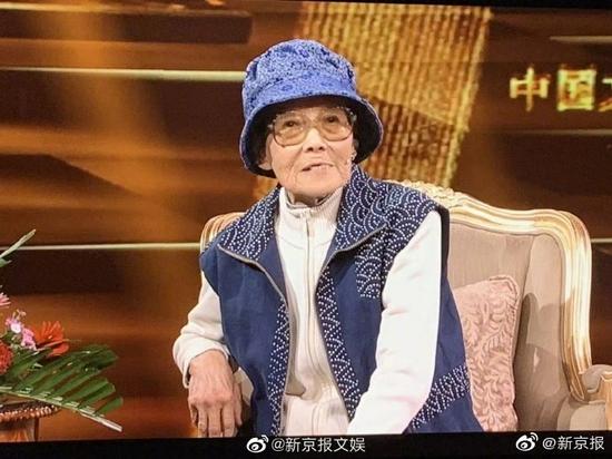 三国演义片尾曲词作者王健