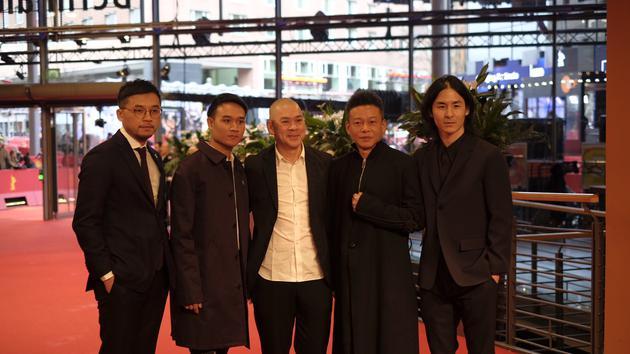 世界首映前红地毯《日子》主创团队
