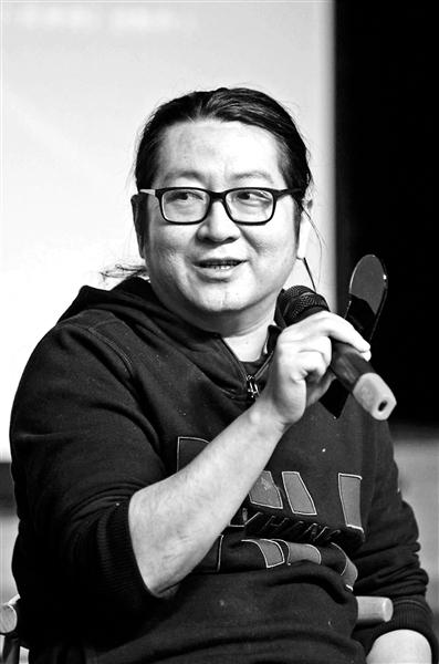 导演、编剧李冯