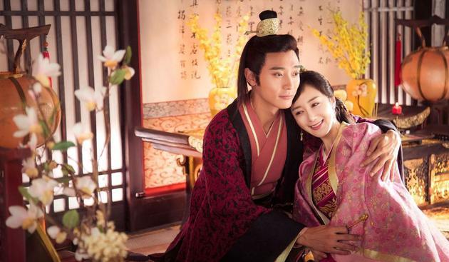 李依晓与张丹峰合作新电视剧。