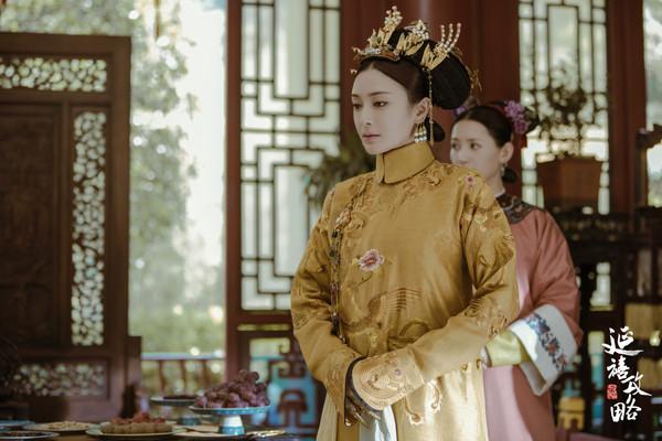 秦岚在《延禧攻略》是温柔皇后,影响女主角令妃命运