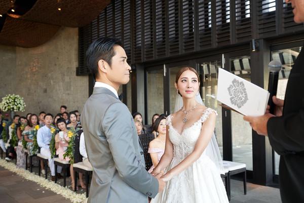 郑嘉颖夫妇结婚登记书上地址不同 陈凯琳揭原因