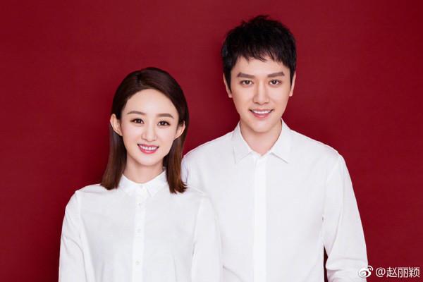 赵丽颖10月16日宣布与冯绍峰结为夫妻,至今正好满1个月。
