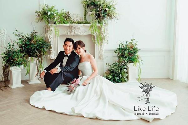 蔡昌宪与妻子结婚照