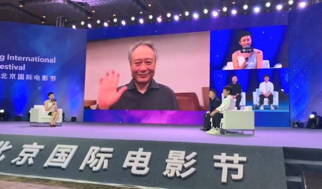 李安称过去十年受到很多打击 两部新作正在准备中