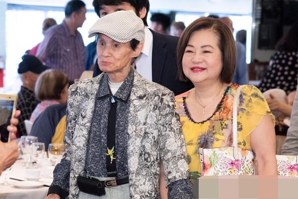 91岁文夏疑遭男看护下毒 老婆已经报警