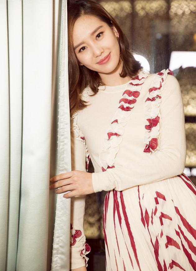 刘诗诗微笑