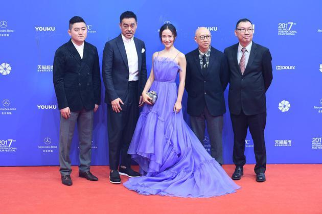 《毒。诫》剧照亮相北京电影节开幕红毯