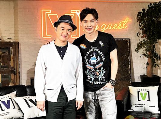 王祖蓝(左)感谢蔡少芬做媒人。